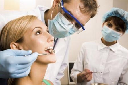 Семейная стоматология: услуги для всей семьи