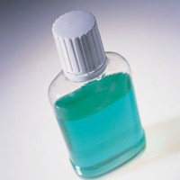 Специализированные лечебные жидкости для полоскания рта